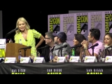 «Who is the hottest dad on Riverdale?» Riverdale Season 3 Comic Con Panel 2018