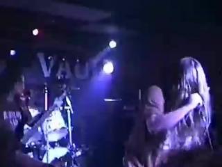 Broken hope – felching vampires (live in club raleigh, nc, october 8, 1995)