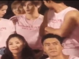 Yesung wanted to stand next to Yunho for group pic and he was about to throw Taeyong away dhjjhdfjdhf I AM WHEEZING