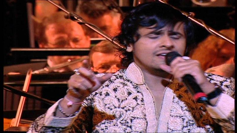Sonu Nigam Performing Live Aane Se Uske Aaye Bahar