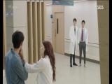 Дорама врачи. 7 серия отрывок. Юхиджон встречает своего друга.