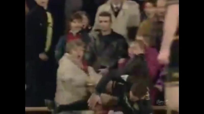 Эрик Кантона Кунг-Фу - Манчестер Юнайтед