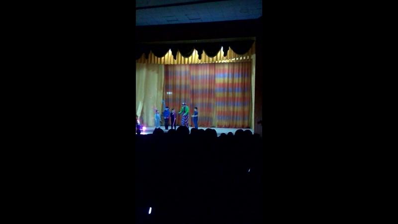 в цирке выступление с клоуном