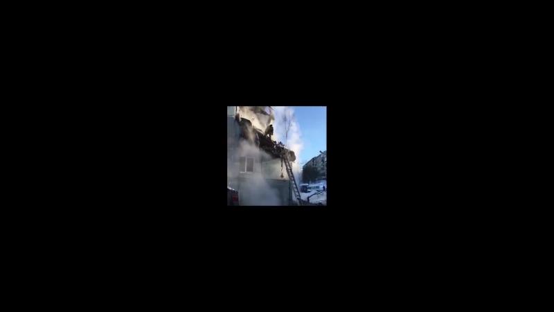 Единственного погибшего в Мурманске, убило плитой во время взрыва, просто мимо проходил..