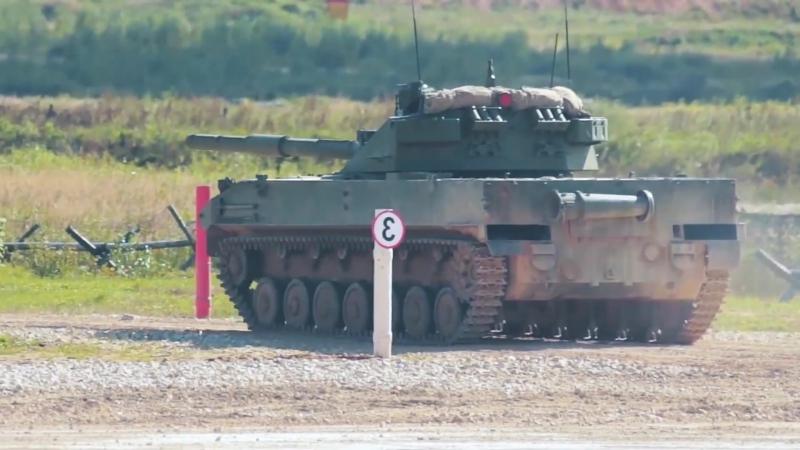 ARMY 2016 : Самоходная противотанковая пушка 2С25 «Спрут-СД»