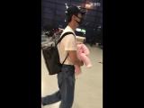 090318 перелет Шанхай-Пекин с племянницей 2