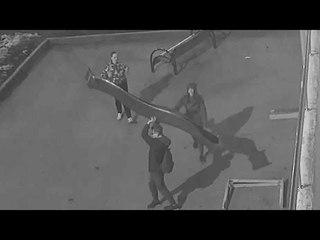 Помогите опознать вандалов в Сергиевом Посаде