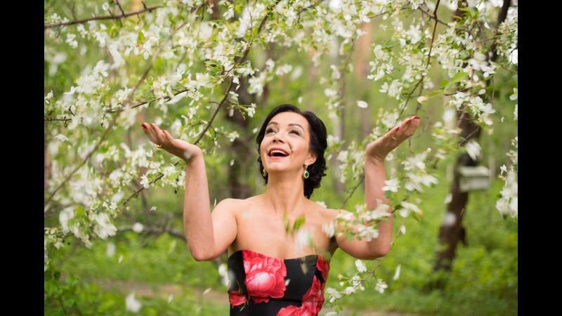 Призрак оперы исполняет Ксения Ермохина