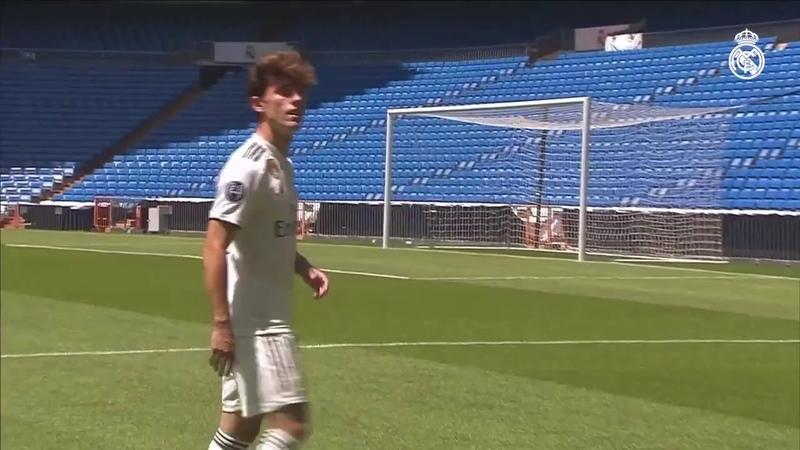 LIVE | Álvaro Odriozolas unveiling as a Real Madrid player.