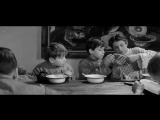Эпизод фильма Республика ШКИД (1966 г.) ясно показывает суть кредитной системы, т. е. долговой кабалы. Не берите кредитов, иначе