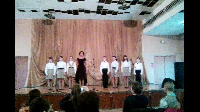 Выступление ансамбля Веселые нотки на втором ежегодном фестивале Мир без границ.