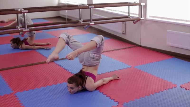 Гимнастика | Как сделать колечко на груди