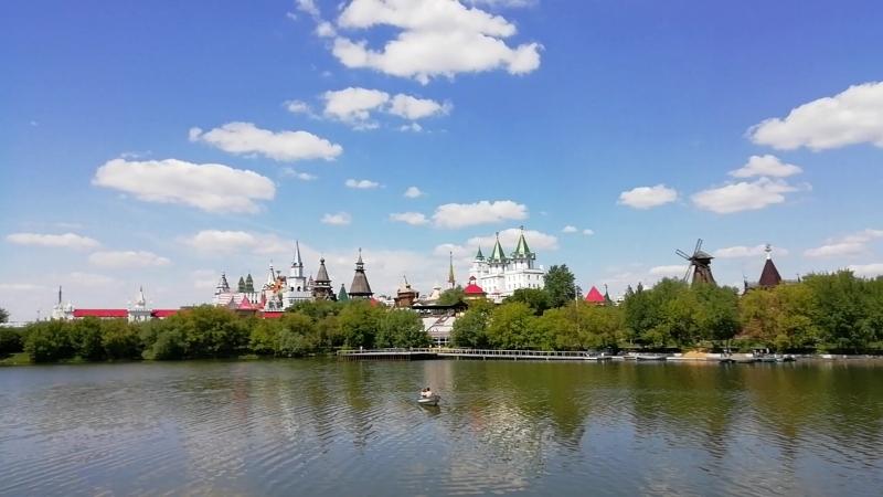 Вид на гостиницу Измайлово и Измайловский Кремль