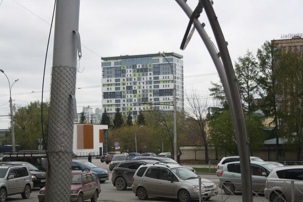 Новенькая архитектурная доминанта города.