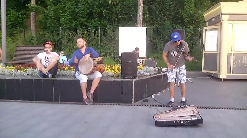 Музыканты на пермской набережной