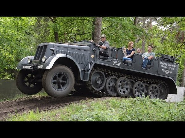 SdKfz 7 8ton going offroad Militracks