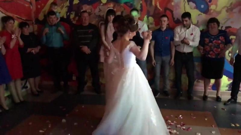 Свадебный танец. ГРЦ ПингвиН . Соликамск » Freewka.com - Смотреть онлайн в хорощем качестве