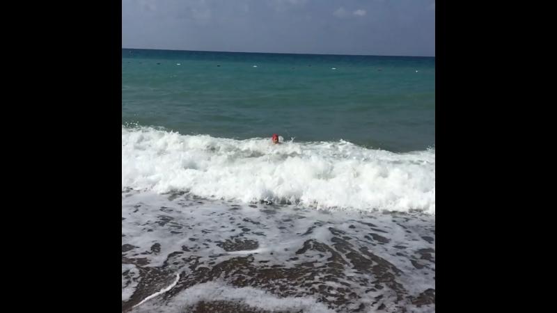 И поглотила её пучина морская
