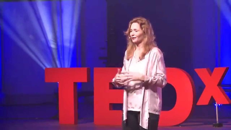 Cultural difference in business Valerie Hoeks TEDxHaarlem