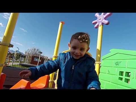 Oyun parkı Oyuncaklar ve Basket atma Oyunu Eğlenceli Oyun Alanları Afacan Çocuk