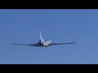 Российские бомбардировщики Ту-22М3 нанесли удар по объектам ИГ на востоке Сирии