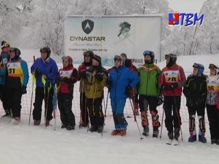 В минувшее воскресенье состоялся чемпионат по горным лыжам на приз спорткомплекса «Гольфстрим» среди ветеранов.
