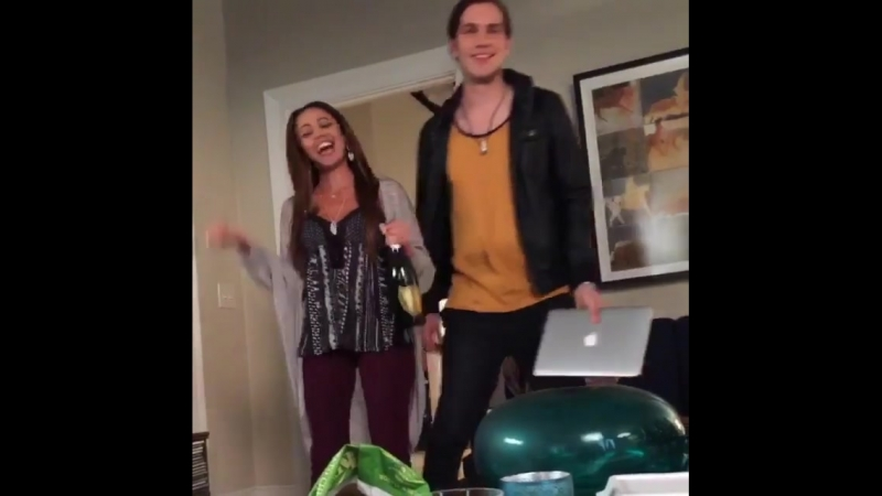 Ahahaha 😂throwback to that time I couldnt stop laughing shooting a scene of Finding Carter🎬. Took about ten takes to stop 📷 @jal