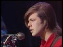 Под небом голубым есть город золотой у микрофона Борис Гребенщиков и группа Аквариум (1987)