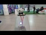 Мега-крутой робот Валера...)))