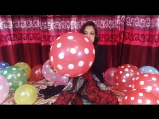 Lovely Fun Factory - [BALLOON] EXTREME BALLOON CHALLENGE । The Balloon with Lovely Girl Playing Ballo
