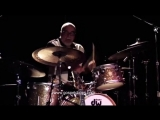 Мой фильм Peter Erskine Throws Down an Amazing Drum Solo on BASS SESSIONZ VOL. 1 @ GospelC