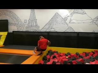 pro wrestling moves on trampolines