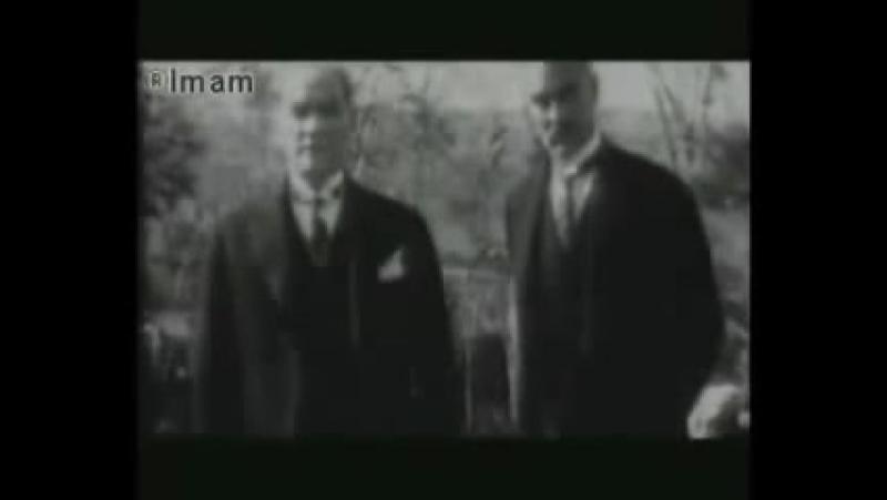 Türklərin fəxr elədiyi adam , əslində şeytan olmuşdur. Ататюрк на самом деле.