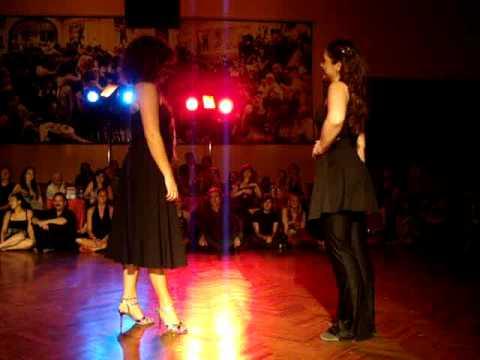 Tango in progress vienna T.I.P.-TV Ariadna Greta bailan en Misterio
