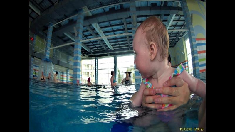 Плаваем с дочей) Папа организовал курорт в Усть-Качку