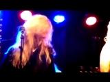 Santa Cruz - River Phoenix (live).mp4