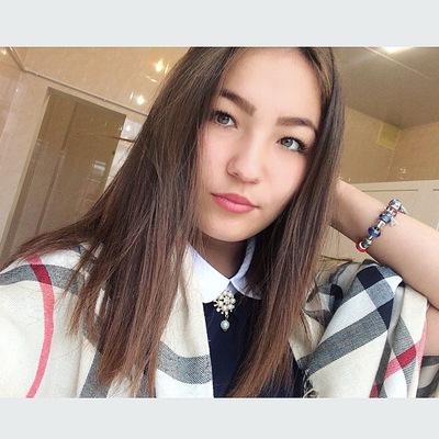 Алина Назырова