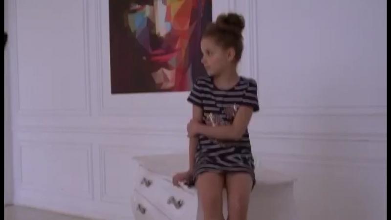 Маленькие модели и Юлия Такшина