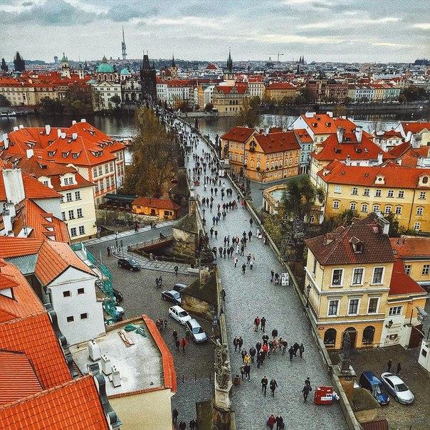 Петербург: тур в Прагу на неделю с завтраками всего за 9400 с человека