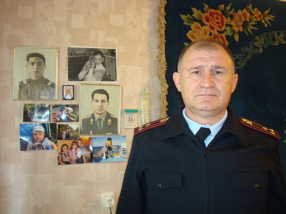 В Таганроге сотрудники полиции поздравили ветеранов органов внутренних дел