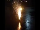 Settin off dem fireworks.