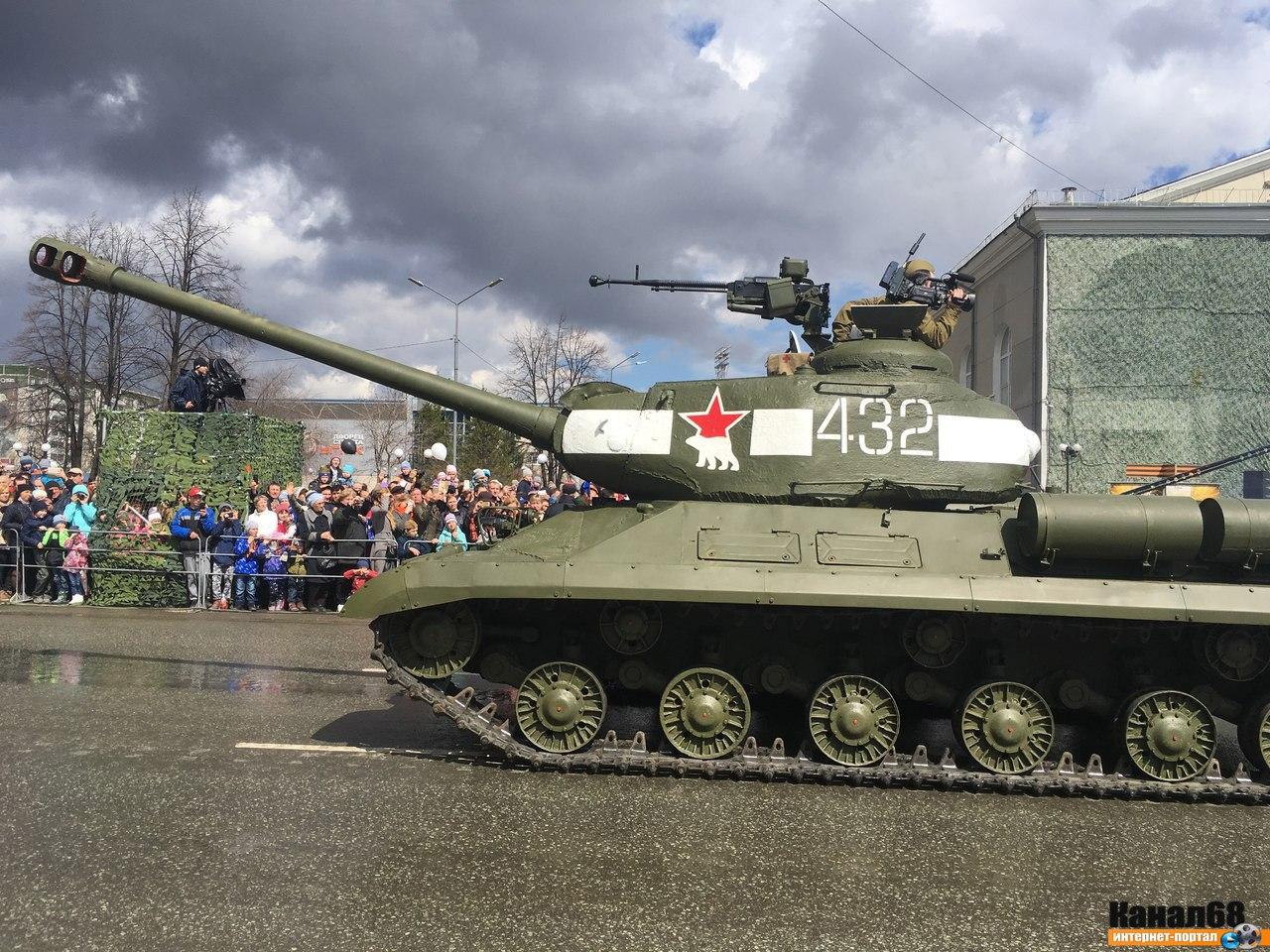 [WWII] Soviet tank development MqQaI5T-ZrQ