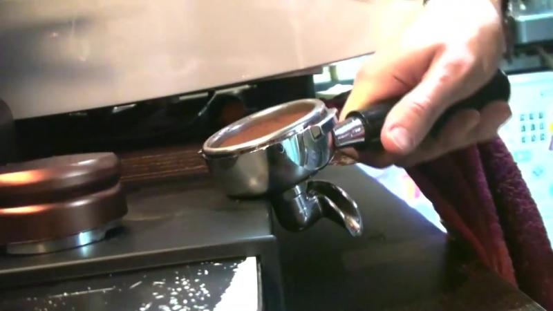 Как приготовить эспрессо - Пошаговая инструкция » Freewka.com - Смотреть онлайн в хорощем качестве