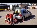 Видас Блекайтис Литва становая тяга автомобиля 380 кг на 8 раз💪💪💪