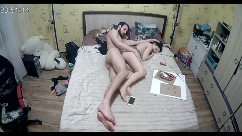 orgii-snyatie-na-obichnuyu-kameru-video-polskoe-porno-smotret-masturbatsiya