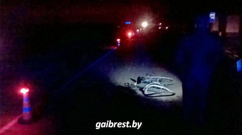 Жизнь лежавшего на проезжей части пешехода спасли неравнодушные граждане
