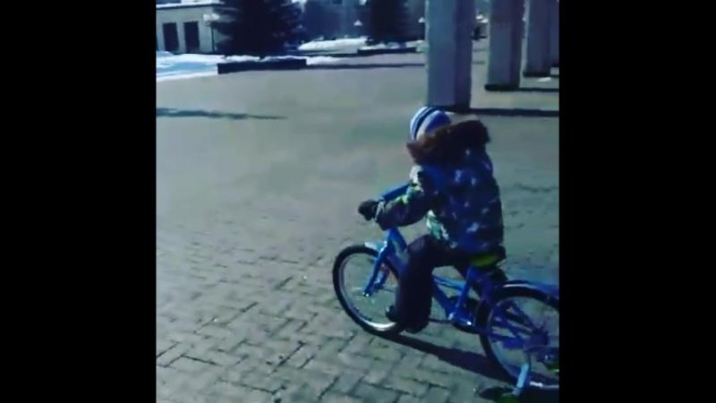 Первый старт на большом велосипеде 😉😎🎢🎡🚀🚀🚀