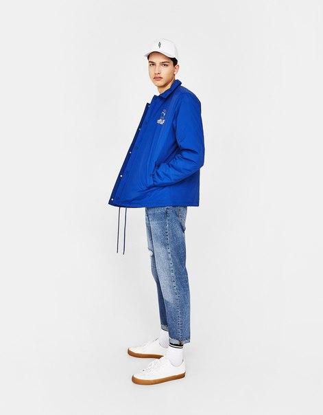 Куртка с контрастным капюшоном и принтом