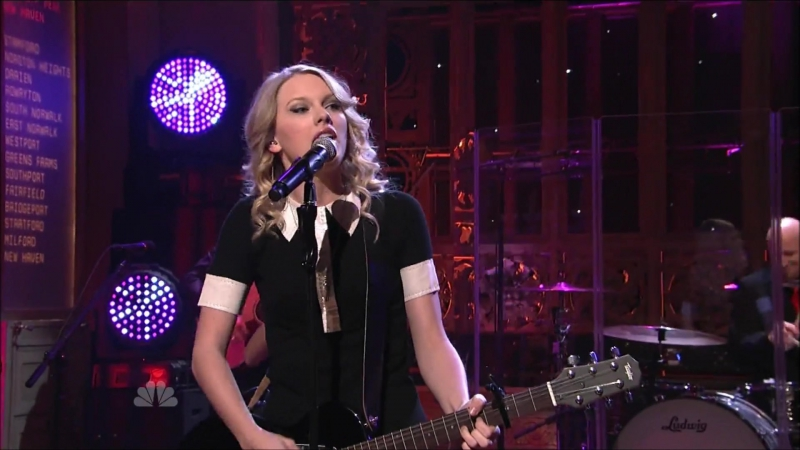 Taylor Swift - Forever Always (Live at Saturday Night Live 2009)