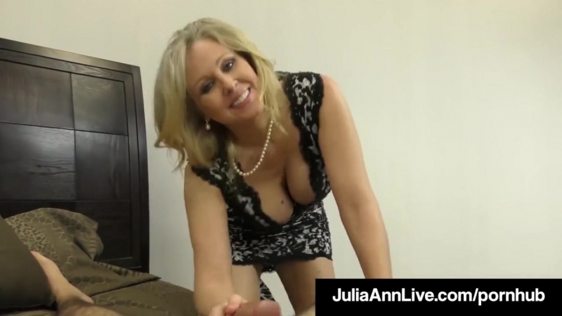 Hot Classy Milf Julia Ann Takes A Cock In Her Mouth